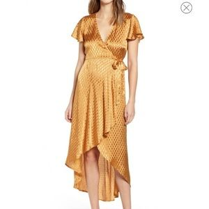 NWT Band of Gypsies Quinn Jacquard Gold Dress New
